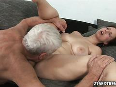 brunette gets big orgasm in front of big breasted woman webcam